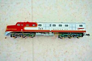 CON COR ? N Scale DL109 Locomotive Santa Fe Damaged Shell