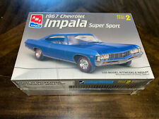 AMT 1967 Chevrolet Impala Super Sport (SS427) model kit #8207 1/25 scale Sealed