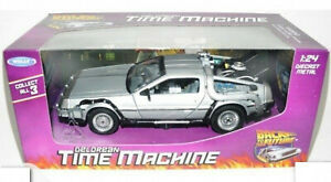 WELLY DELOREAN BACK TO THE FUTURE SCALE MODEL 1:24 DIE CAST