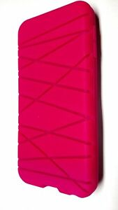 Incipio Turner Cord Management for iPod Touch 5 - Pink (IL/PL1-4461-120-1546-UG)