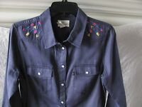Levi's Western Long Sleeve Shirt-Blue -Embroidered Arrows-Size Med -NWT $78