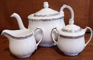 Vintage Wedgwood Queen's Lace Teapot~Creamer~Sugar Bowl Made In England EUC