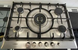 USED BOSCH 70CM STAINLESS STEEL GAS HOB WITH WOK BURNER + FREE 3 MONTH GUARANTEE