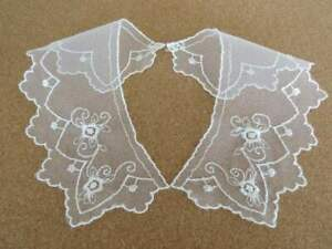 Small pretty embroidered lace collars ivory on tulle net