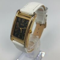 GUESS VINTAGE 1988 WATCH NEW LEATHER STRAP WOMENS