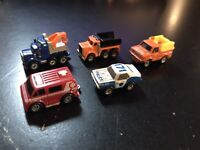 MICRO MACHINES - CITY SERVICE COLLECTION LOT (5) - 1987 GALOOB NO. 6400 VINTAGE
