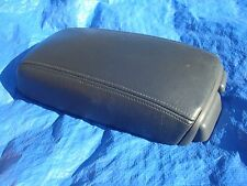 98 03 Volvo C70 S70 V70 V70R Charcoal Arm Rest with Grey Plastic & Cup Holders