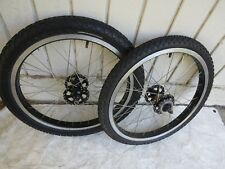 GT  RHYTHM SEALD BEARING WHEELS  BMX RIMS RTHYUM FREESTYLE PERFORMER AA TIRES