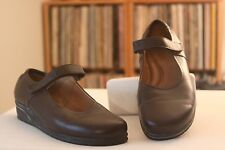 Beautifeel 38 1109 Brown Leather 1 1/8 Inch Wedge Mary Janes Size 7-7.5