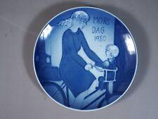ROYAL COPENHAGEN Vintage MOTHERS DAY 1980 - MORS DAG Cabinet Collector Plate