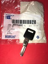 New Genuine GM OEM 26019400 Key Ign L NOS