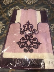 Beautiful Medallion purple pink and white Bath Rug MatSet