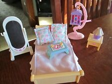 Fisher-Price Loving Family Dollhouse PARENTS' BEDROOM Set Bird Cage, Bed, Mirror