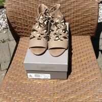 Franco Sarto Brixie Taupe Lace up Wedge Sandal size 7 1/2 M