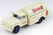 CLASSIC METAL WORKS HO Scale '60 Ford Tank Truck - VALVOLINE OIL - 30456