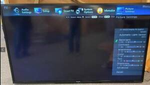 """Commerical Display Sharp Aquos 80"""" TV LC-80LE650U Great Condition."""
