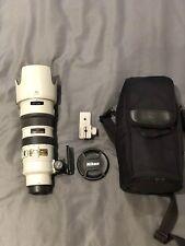 Rare Tropical Gris Nikon 70-200 mm F2.8 Vr Lentille. Comme neuf. Collection