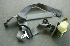 Nissan 88844-6B725 Right Rear 2nd Row Bench Seat Shoulder Belt 1993-96 Quest