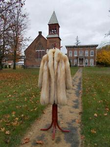 "S33 Gorgeous Golden Isle Fox Fur Coat Worn in ""American Hustle"" L/XL Excellent!"
