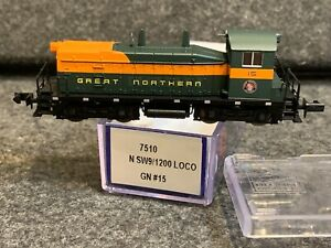 N Scale Life-Like SW9-1200 Locomotive GN #7510 great Northern #15
