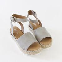 Soludos Women's Velvet Llama Sneakers AB4 Navy Size 7.5