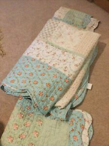 Country Look Shabby Chic Patchwork Quilt And 2 Pillow Shams Roses And Gingham