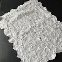 JC Pennys Matelasse Pillow Sham Scroll Vine Ivory Scalloped Edges Standard