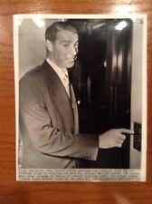 "1954 Joe DiMaggio New York Yankees 7.25x9"" Press wire Photo Visit Marilyn Monroe"