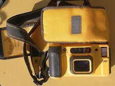 Minolta Weathermatic 35DLDual Lens 1987. Yellow submarine. Sous-marin jaune