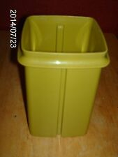 TUPPERWARE GREEN SMALL PICK-A-DELI CONTAINER REPLACEMENT PART # 1330