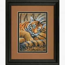 Dimensions - Counted Gold Cross Stitch Kit - Cozy Club - Tiger - D70-65105
