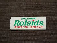 "VINTAGE MEDICINE 2 1/4"" LONG SPEARMINT ROLAIDS ANTACID TABLETS TIN *EMPTY*"