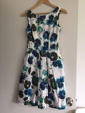 Gorgeous Cotton Cue Dress Size 6