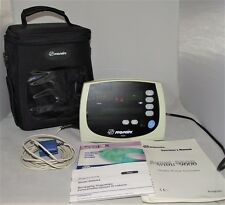 NONIN AVANT 9600 DIGITAL PULSE OXIMETER - HIGHLY RATED + CASE AND MANUALS