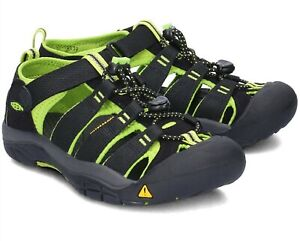 New With Box Youth Keen Newport H2 Black/Lime Green Sandals Size 4