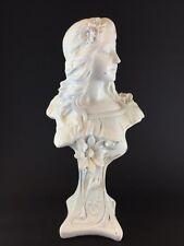Ancien Buste  (Authentique Art Nouveau1900 ) Plâtre. Signé suson - hauteur 63 cm