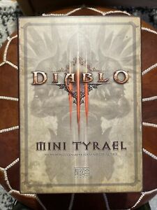 Diablo 3 III Mini Tyrael Statue From Blizzcon 2011 By Blizzard Entertainment