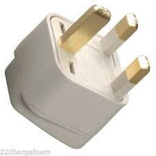 US USA To UK Ireland UAE British 3 Pin Square Plug Adapter Type G Converter
