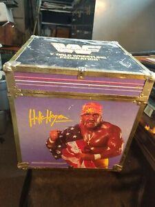 Vtg 1991 WWF Wooden Toy Box Cube Chest Hulk Hogan Ultimate Warrior LOD Rockers