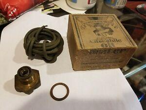 1935 1936 1937 1939 1940 CHRYSLER AIRFLOW PACKARD OIL PAN DRAIN PLUG HEATER NOS