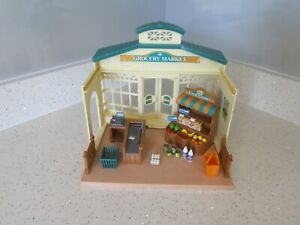 SYLVANIAN FAMILIES GROCERY MARKET WITH ACCESSORIES