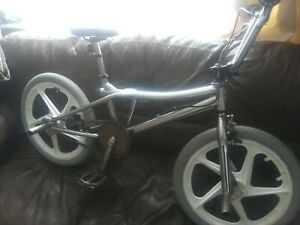 Gt pro performer bmx 1990s Freestyle,chromed.white mags ,grey tyres,will post