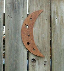 A Rusty Metal CRESCENT MOON Garden Ornament Rustic Vintage Gift Birthday