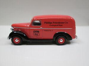 1939 CHEVY PANEL VAN  PHILLIPS 66  LOOSE S SCALE DIE-CAST