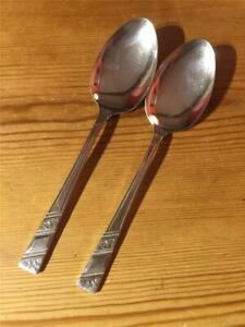 2 x Vintage Viners Silver Rose Silver Plated EPNS Table Spoons 20.3cm