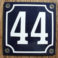 FRENCH ENAMEL HOUSE NUMBER SIGN. No.44 blanc sur un fond bleu. 10x10cm.