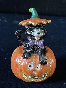Hand Painted Enamel Thimble of Black Cat in Halloween Pumpkin