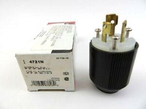 Cooper Wiring Devices 4721N L5-15P 15A 125V 2P 3W Male Plug Twist Lock