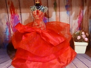 Barbie Mattel Holiday Red dress . Pre-owned. 🌹 beautiful 🌹 ships fast!