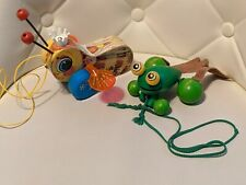 Vintage Wooden Fisher Brice Queen Buzzy Bumble Bee and Green Frog Pull Toy